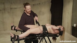 BDSM extreme for the obedient Sicilia Ricci