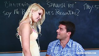 Slutty blonde teen Vanessa Cage missionary fucked on a difficulty table