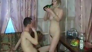 Amateur tippler whore porn video